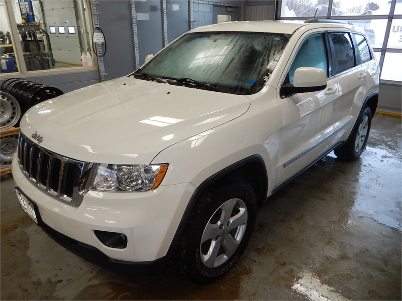 Miramichi Automotives for Sale 2011 JEEP GRAND CHEROKEE