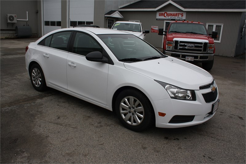 Miramichi Automotives for Sale 2011 Chevrolet Cruze LS+! LOW KMS!