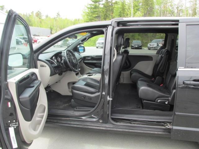 2014 Dodge Grand Caravan  4