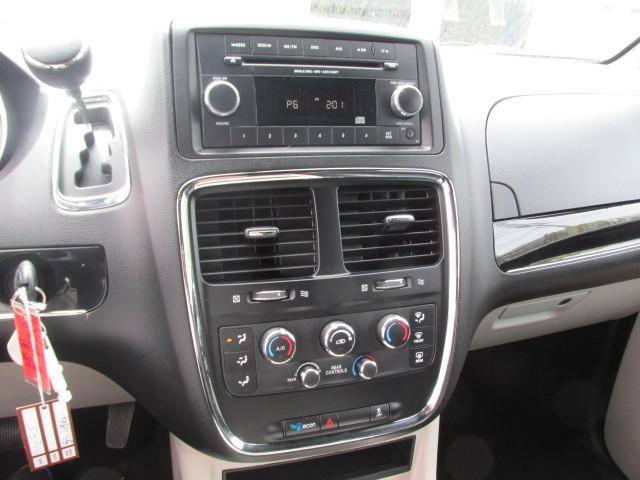 2014 Dodge Grand Caravan  8