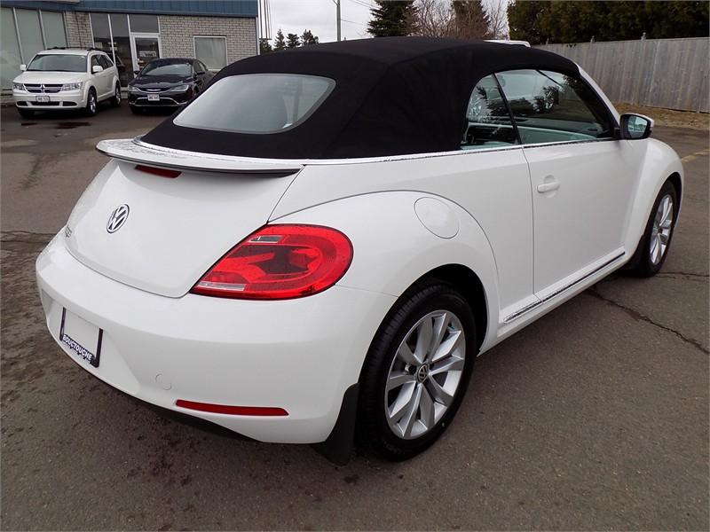 2015 Volkswagon Beetle Convertible Comfortline  8