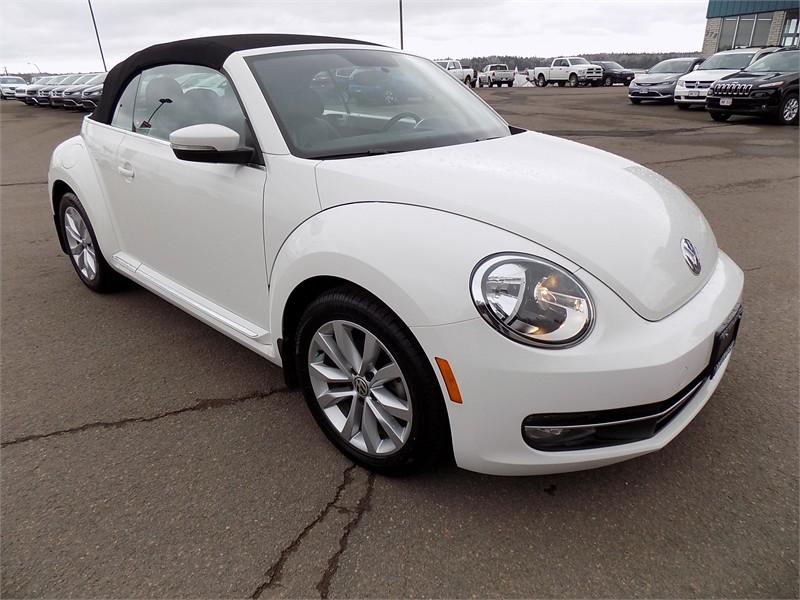 2015 Volkswagon Beetle Convertible Comfortline  11