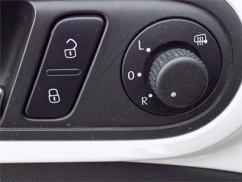 2015 Volkswagon Beetle Convertible Comfortline  15