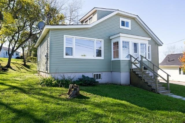 Saint John's Real Estate Listings for 264 Molsen Ave