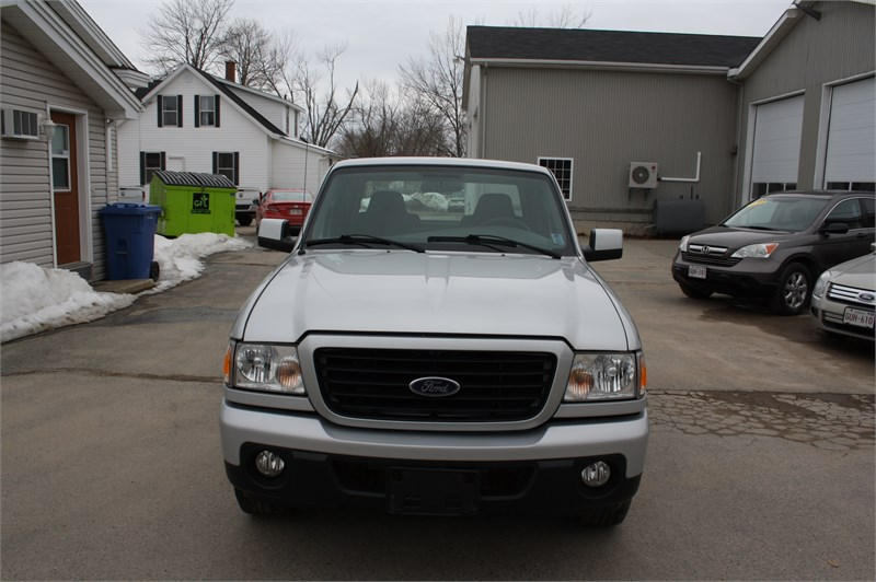 2009 Ford Ranger Sport! LOW KMS!  2