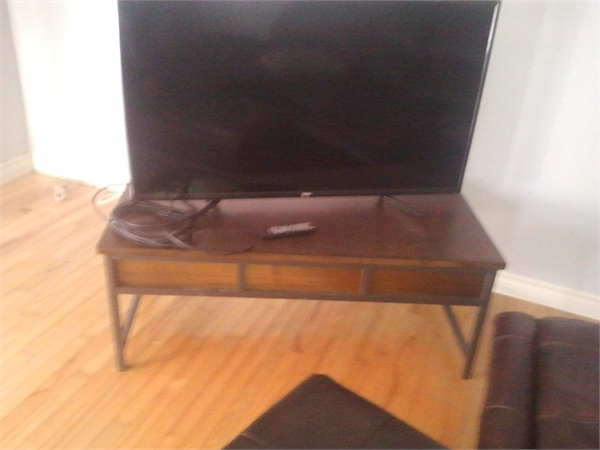 """RCA 50"""" TV and Table Stand"""