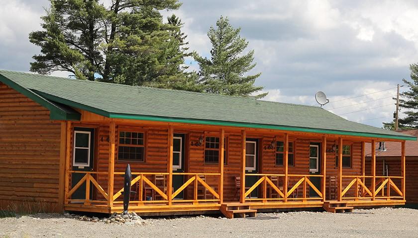Nine Pine Motel