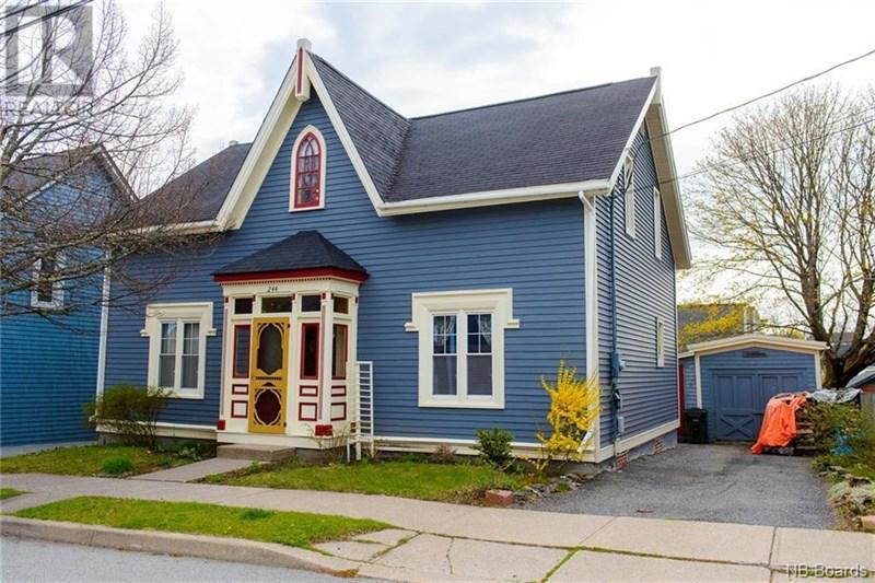 Saint John's Real Estate Listings for 244 Charlotte St West