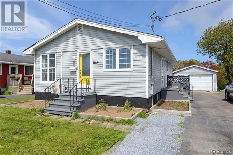 Saint John's Real Estate Listings for 889 Grandview Avenue